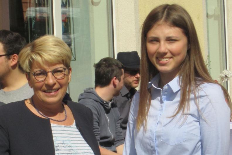 Vivien Woszek zum Girls' Day im Berliner Büro der Bundestagsabgeordneten Gabriele Katzmarek