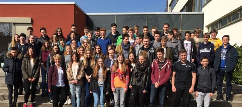 Gabriele Katzmarek besucht Wilhelm-Hausenstein-Gymnasium Durmersheim