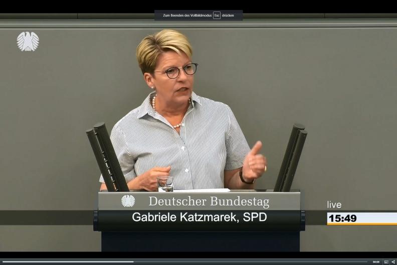 Rede im Bundestag zur Meisterpflicht in bestimmten Berufen