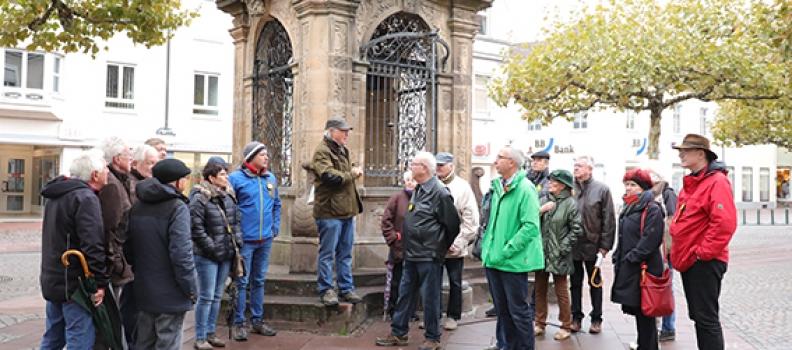 MdB Gabriele Katzmarek und Joachim Fischer luden zum historischen Rundgang durch Rastatt ein