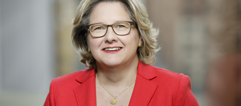 Bundesumweltministerin Svenja Schulze kommt am 14. August nach Rastatt